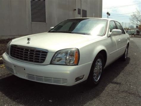 purchase   cadillac deville leather chrome wheels fully loaded clean carfax luxury