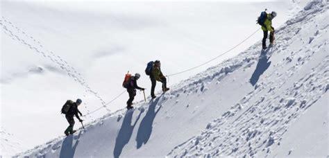 gravir le mont blanc un alpiniste sur trois prend des m 233 dicaments pour gravir le mont blanc sciencesetavenir fr