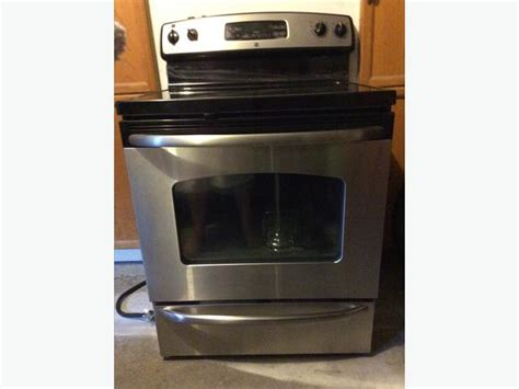 Ge Radiant Self-cleaning Range / Stove Rockland, Ottawa Wood Buring Stove Multi Burner Stoves Europa Pellet Pipe Lowes Hampton H15 Gas Price Electric Glass Top Steel Two