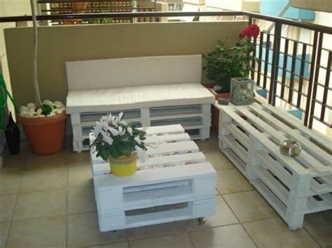 canapé avec des palettes comment fabriquer un canapé en palette tuto et 60