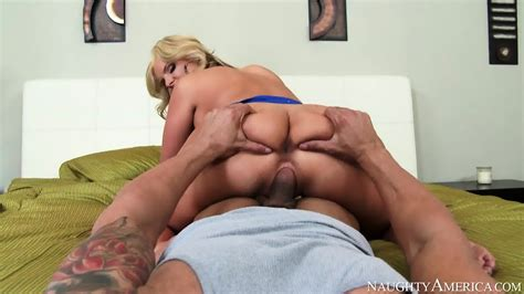 Mature Blonde Housewife With Good Sex Skills EPORNER