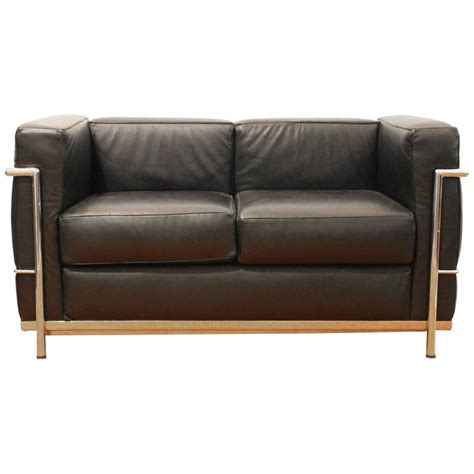 Le Corbusier Loveseat by Lc2 Sofa By Le Corbusier For Alivar For Sale At 1stdibs