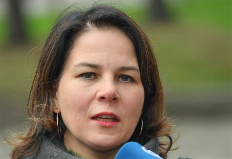 """Der bundesvorstand der grünen … Grünen-Chefin Annalena Baerbock: """"Ich hatte Sorge, dass ich dafür nicht hart genug bin ..."""