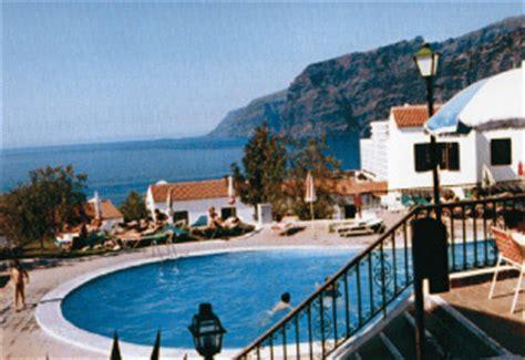 Tenerife   Villa: Las Rosas Villas in Los Gigantes, Tenerife