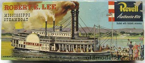 Revell 1/275 Robert E Lee Steamboat - 'S' Kit, H328-198