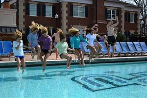 IFC Students Take the 'Polar Plunge' for Testicular Cancer ...
