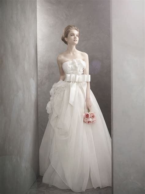 Romantic White By Vera Wang Wedding Dress