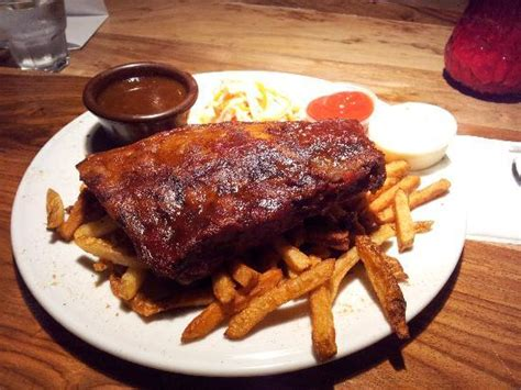 rack of ribs factory montreal plateau mont royal restaurant
