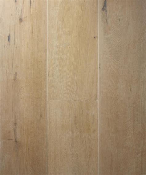 natural white oak flooring   kitchen application