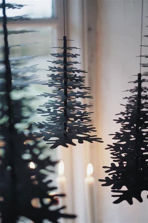 Hanging Decorations - window decorations ideas scandinavian style