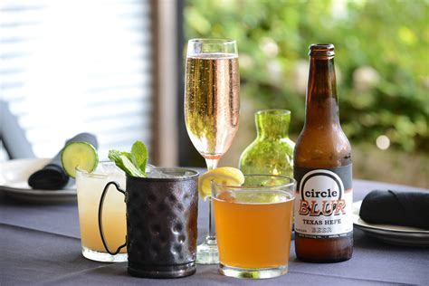 100 moonshine patio bar grill happy hour moonshine