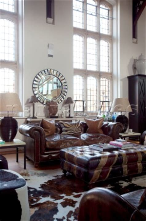 Union Settee by Rs111 13 Leather Chesterfield Sofa With Union Pa