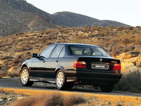 Bmw 3 Series Sedan (e36) Specs & Photos