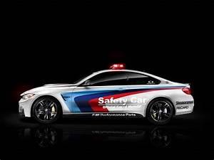 Pack Safety Bmw : bmw d voile la nouvelle safety car pour la saison 2014 de moto gp blog automobile ~ Gottalentnigeria.com Avis de Voitures