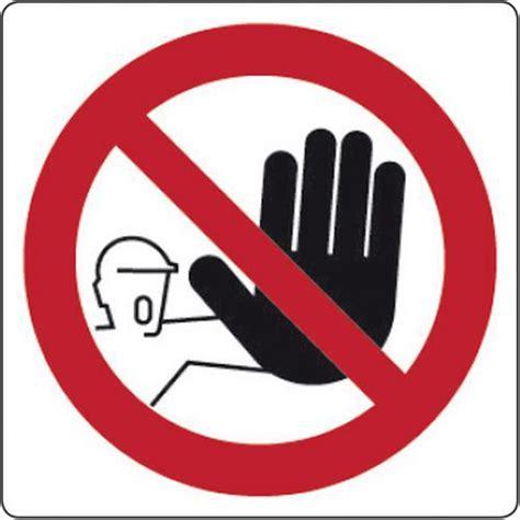 cartello di divieto vietato l ingresso manutan italia - Divieto Di Ingresso
