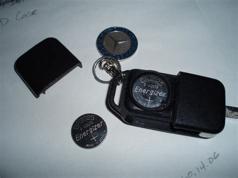 Whether you have a chrome key or a smartkey® will impact how the battery is changed. Mercedes Benz Key Fob Battery Size - Amiee Wade