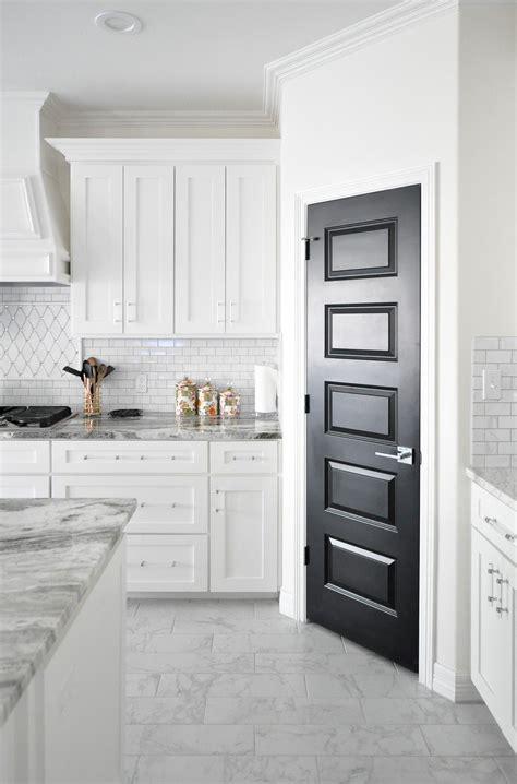 4 Door Kitchen Pantry White Domino Feature Diversity In Design Kitchens White