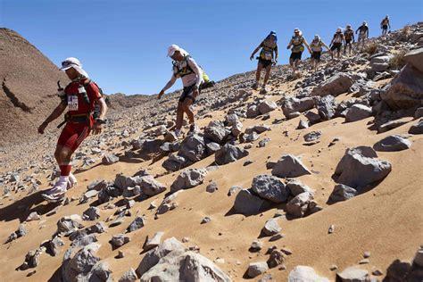 dessert des sables marathon des sables takes runners through desert