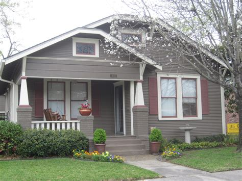 Grey Exterior Paint Colour Schemes For Older Homes