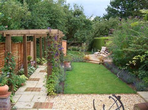 garden designs  long narrow gardens   backyard