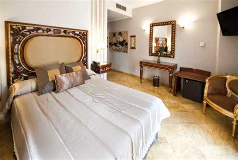hotel dans chambre h 244 tel dans le centre de s 233 ville