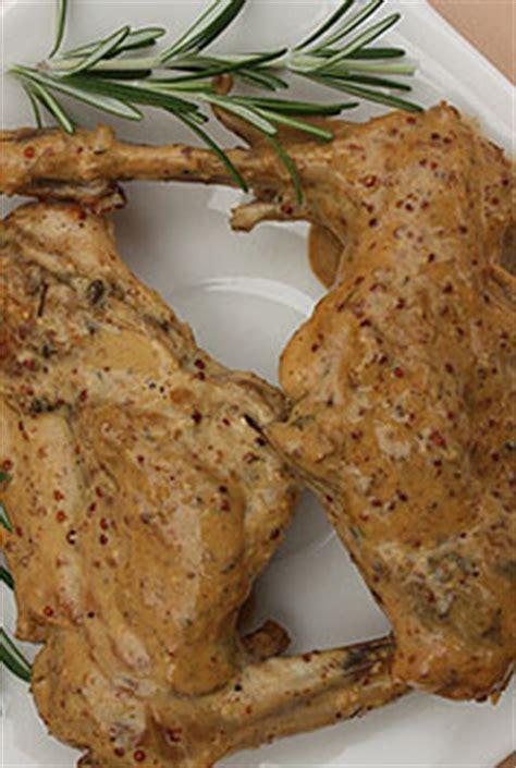 cuisiner le lapin à la moutarde lapin à la moutarde light recette plat aujourdhui com