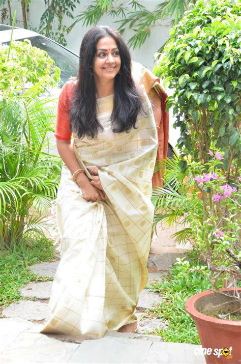 actress jyothika latest photos jyothika latest gallery 1