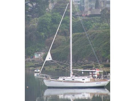 morris annie  monohull cruising sailboats sailing