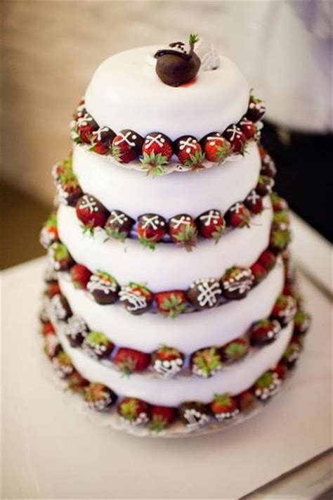 chocolate dipped strawberry wedding cake ideas candy