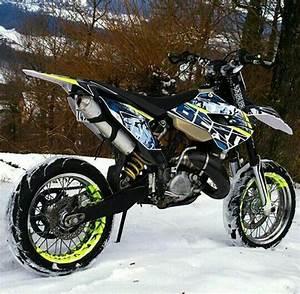 Moto Et Motard : huqvarna 125cc moto pinterest motard moto et voitures ~ Medecine-chirurgie-esthetiques.com Avis de Voitures