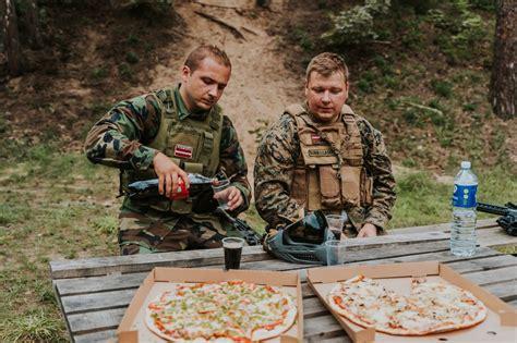 GUNSnLASERS | Piknika vietas Mežaparkā