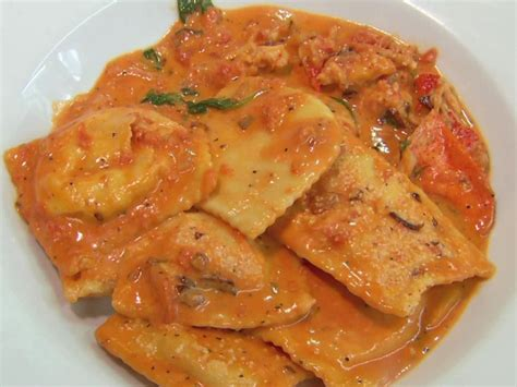 italian food dishes diners ins dives drive lobster foodnetwork ravioli recipes