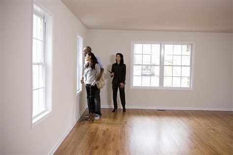 looking at apartments avoid illegal steering when looking for an apartment