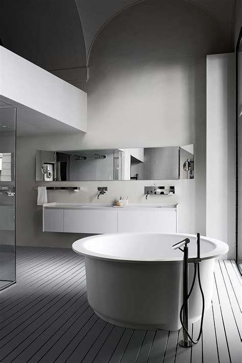 unique tubs  bath time pleasures