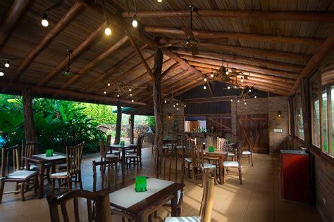 Imágenes  La Aldea De La Selva Lodge Iguazú Argentina. The Croke Park Hotel. Ferienhotel Kaltschmid. Majan Continental Hotel. Hayloft Private Holiday Chalet. Best Western Park Hotel. Nanning Kaiyuan Hotel. The Villa Inn Restaurant & Spa. Bintan Agro Beach Resort & Spa