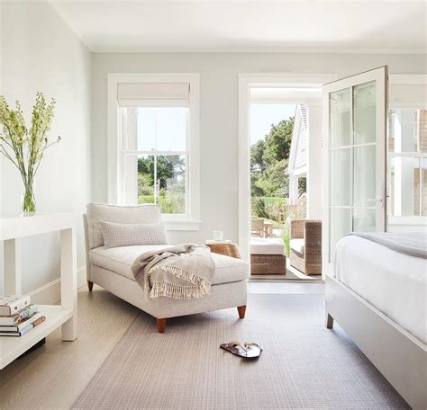 Lounge In Bedroom by Oatmeal Design Ideas