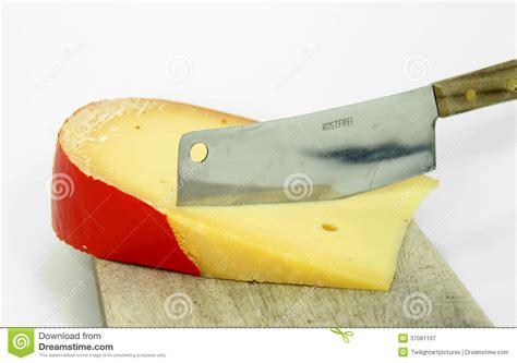 coupe fromage 224 p 226 te dure photographie stock libre de droits image 37081107