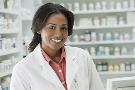 A Pharmacist by 15 Things Your Community Pharmacists Wish You Knew Lola