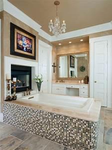 20, Luxurious, Bathrooms, With, Elegant, Chandelier, Lighting