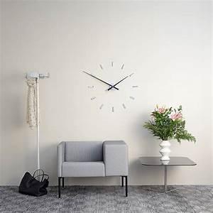 Wanduhr Schwarz Modern : nomon wanduhr modern 39 tac n 39 105 cm wilhelmina designs ~ Michelbontemps.com Haus und Dekorationen
