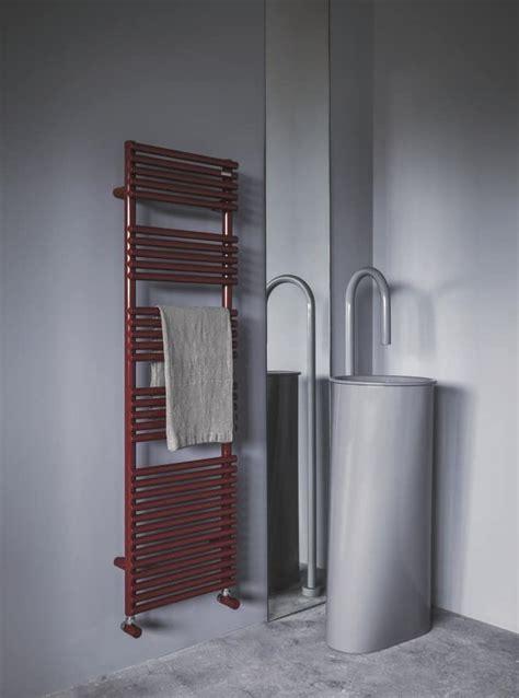 scaldasalviette per bagno radiatore scaldasalviette per bagni idfdesign