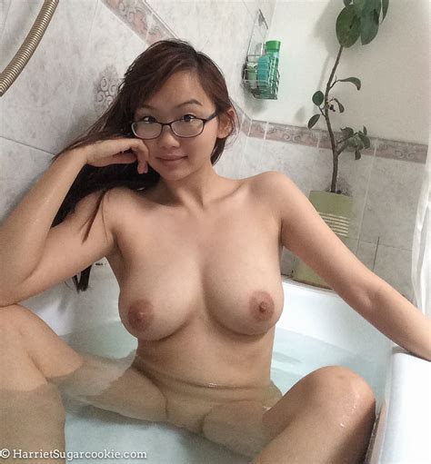 Sexy British Asian Teen Girl With Big Tits In Bathtub