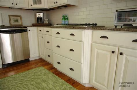 Like These Drawer Pulls Storywood Designs Ascp Chalk Storage Ideas Kitchen Black And White Blinds For French Cabinets Small Appliance Repair Island Shapes Cart With Seating Islands That Look Like Furniture All Designs