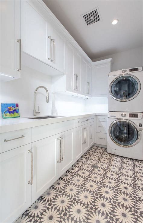 best 20 laundry room tile ideas on room tiles