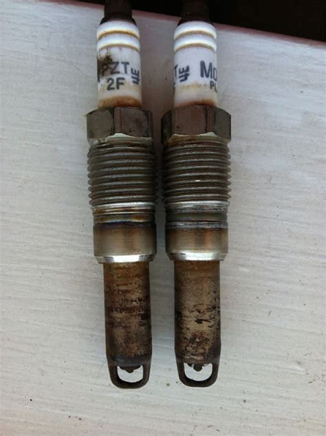 spark plugs     triton page  ford
