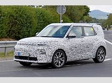 2020 Kia Soul Test Driver Has Cute Discussion With Spy