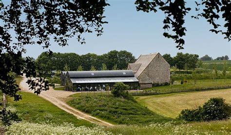 stone barn wedding venue cheltenham gloucestershire