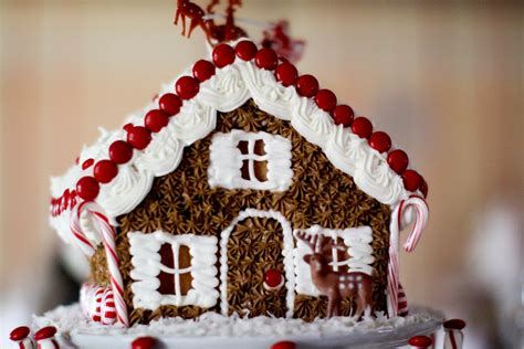 Gingerbread House Decorating Party Ideas Elitflat