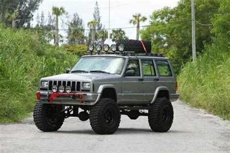 silver jeep lifted 38 best jeep cherokee xj images on pinterest jeep truck