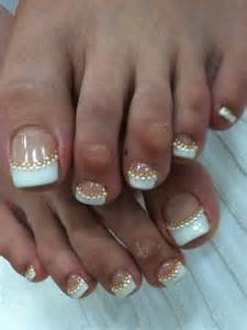 Hottest toe nail art ideas styling